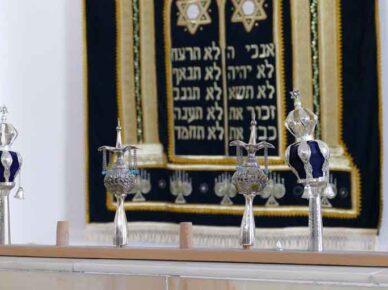 Жители района юд-гимель в гневе: Каценельсон утвердил строительство синагоги в светском районе