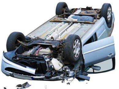 Палестинец угнал автомобиль вместе с пассажирами и перевернулся по дороге